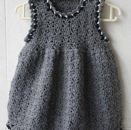 Benim gibi Küçük Kız çocukları Annelerin bayılacağı çok güzel Tam 77Tane Örgü Yazlık Askılı Çocuk Elbise Modelleri.Yazlik Örme Askılı Bebek Elbiseleri Yeni doğan ile 9-10 yaş arası çocuklara kadar…