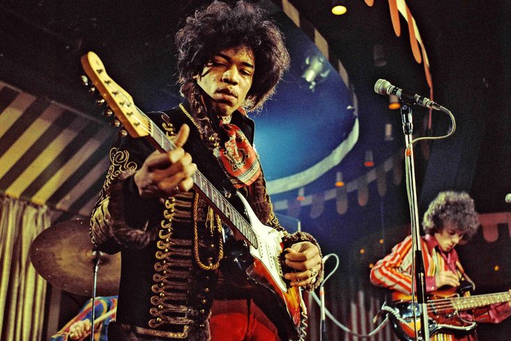 27th Nov 1942, Born on this day, Jimi Hendrix guitarist, singer, songwriter who had the 1967 UK No.6 single 'Hey Joe', the 1970 UK No.1 single 'Voodoo Chile', and the 1968 US No.1 and UK No.6 album 'Electric Ladyland'. More on Hendrix here: http://www.thisdayinmusic.com/pages/jimi_hendrix
