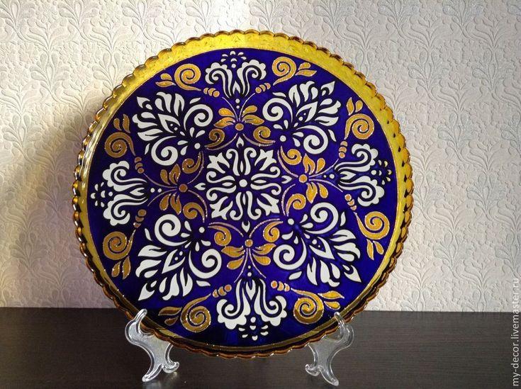 Купить Блюдо стеклянное с росписью для сервировки - тёмно-синий, узоры, блюдо из стекла, сервировка стола