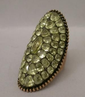 Marquise ring.  Portugal, late 1700's.     Museum for Decorative Arts, Paris.