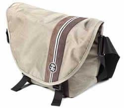 Sacs à dos ou en bandoulière, housse et étuis pour téléphones ou tablettes soldés jusqu'à -50% chez Crumpler