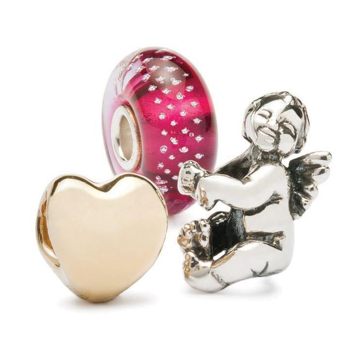 Ispirazioni TROLLBEADS per San Valentino.  Un Cuore d'oro, simbolo di amore eterno e di passione. Il beads Diamante Rosa perchè i diamanti sono i migliori amici delle donne...(dopo i beads!) ed il Puttino, simbolo di protezione.