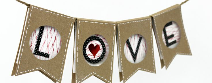 Valentines} 3D Pennant Banner