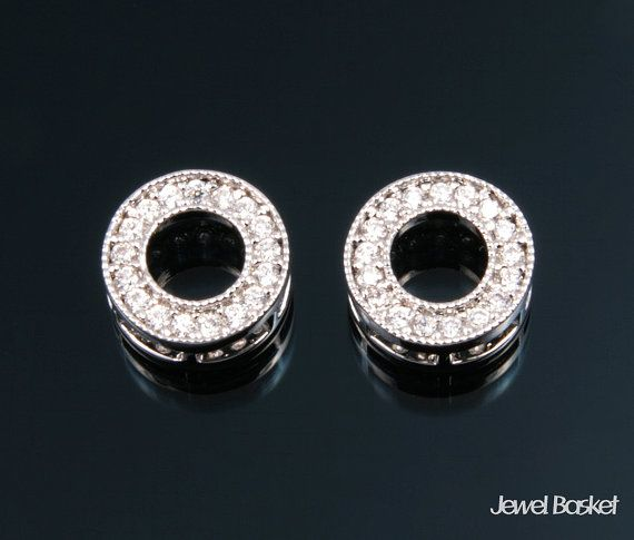 CS029-P (2pcs) / Cubic in Donut Ring Pendant / 9mm  - Highly Polished Rhodium Plated over Brass (Tarnish Resistant) - Cubic and Brass Frame / 9mm - 2pcs /1 pack
