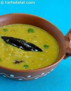 Trevti Dal ( Gujarati Recipe) recipe | Gujrati Recipes | by Tarla Dalal | Tarladalal.com | #615