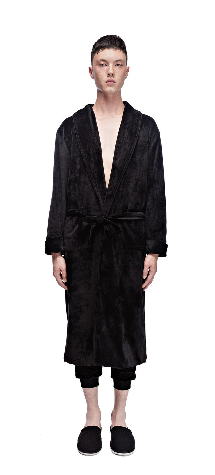 Atelier New Regime x Off The Hook collaboration Velour Bathrobe in black. #ateliernewregime #newregime #FW16