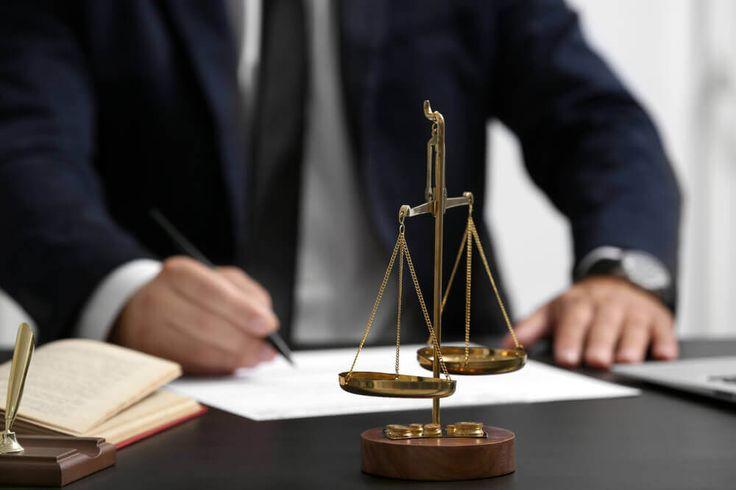 Finn den beste advokaten og spar tusenvis av kroner