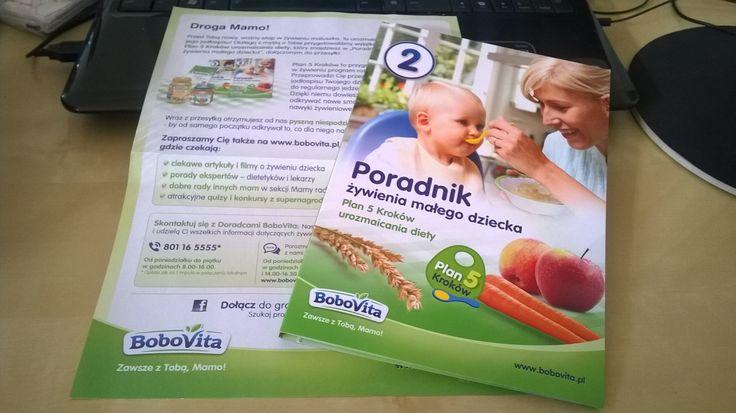 Aby mały zdrowym był, musimy wiedzieć, jak go odpowiednio żywić. Dlatego zamówiłam poradnik żywienia malucha od bobovity :) W zestawie, był jeszcze słoiczek marchewki i kaszka. Super sprawa ;)   #bobovita #dziecko #poradnik #zywienie