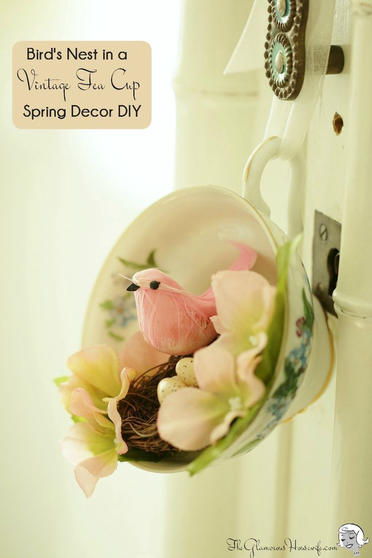 By embellishing a vintage tea cup with a bird and nest, you can easily make a delightful spring decoration for your home! Click through for directions.