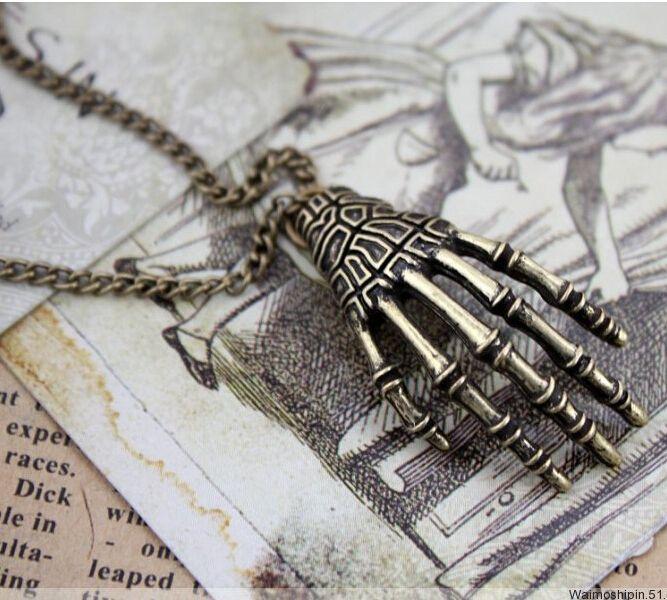 Vintage Long Necklace Pendant Skull //Price: $7.99 & FREE Shipping //     #skull #skullinspiration #skullobsession #skulls