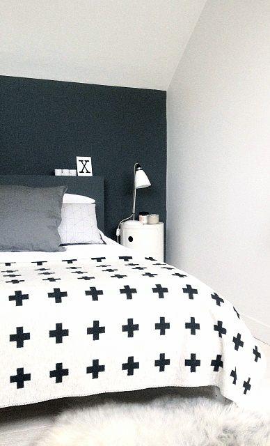 Via NordicDays.nl | Six Black Dots