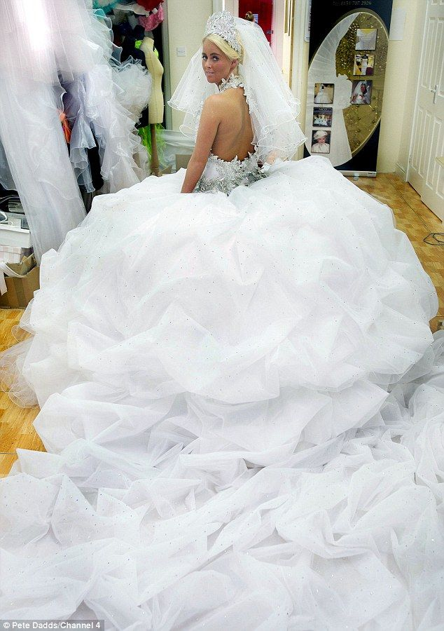 43 best Big Wedding Dress images on Pinterest | Bridal gowns, Gown ...