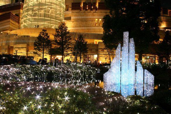 Roppongi Hills Garden Pond, Tokyo