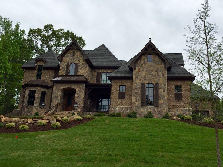 Best Arh Plan Silver Oak Exterior 41 Roof Certainteed Grand 400 x 300