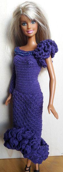Puppenkleidung - Barbie Kleid (gehäkelt), dunkellila - ein Designerstück von Anna-Tim bei DaWanda