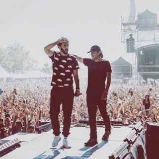 Live Tour 2016 by Casseurs Flowters