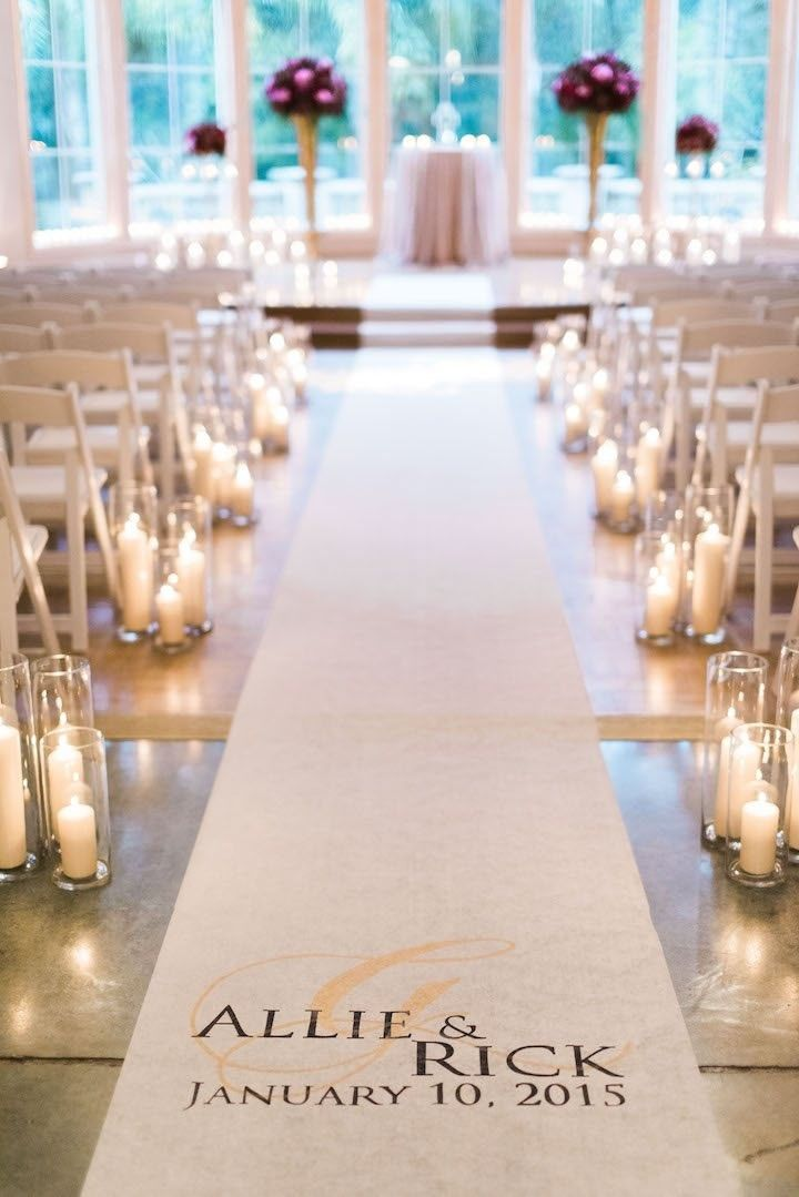 Glam wedding ceremony idea; photo: Dana Fernandez