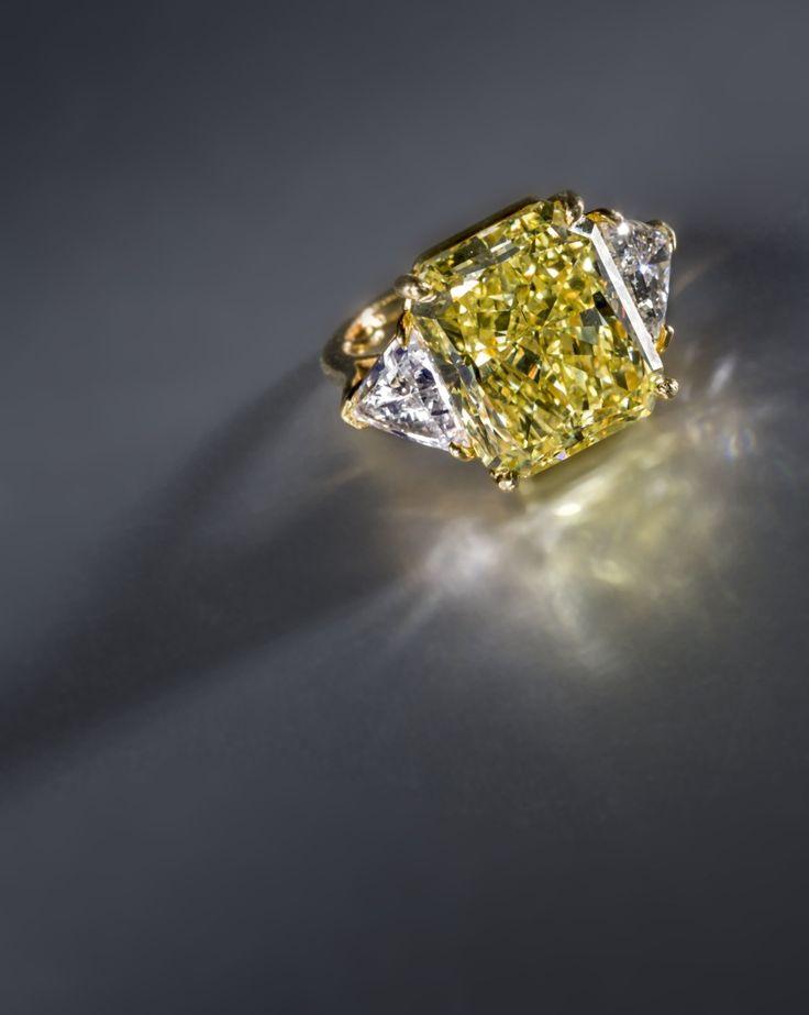 Bonhams A fancy colored diamond and diamond ring, Bulgari
