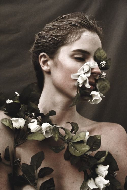 lehenbauer:  Katie Flanigan Ph: Daniel Lehenbauer dedicated to my good friend http://bienenkiste.tumblr.com