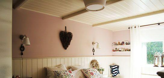 Nice ceiling solution (if drop of popcorn underneath)   Timmerbedrijf, lambrisering met een plafond uit kraaldelen