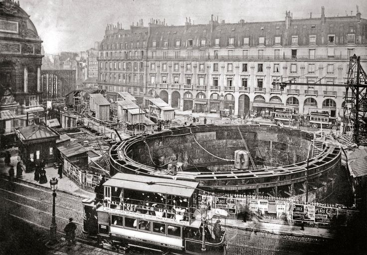 Paris in the Belle Epoque, what a fabulous time and place to have lived, right? Well,not so much. If you were living in Paris at the dawn of the 20th century, it probably would have feltmore likea giant nightmarish construction site. Because the year before the city's first underground rai