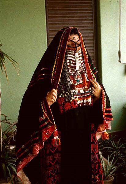 Орнамент и цвет в исламском костюме