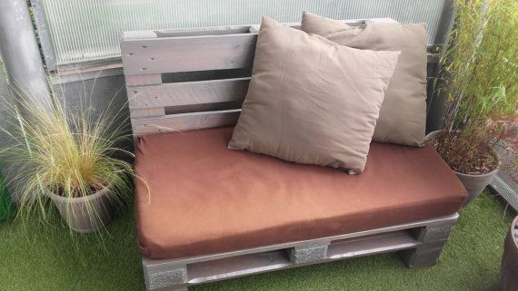 meer dan 1000 idee n over houten pallet bank op pinterest palletmeubilair pallet sofa en. Black Bedroom Furniture Sets. Home Design Ideas