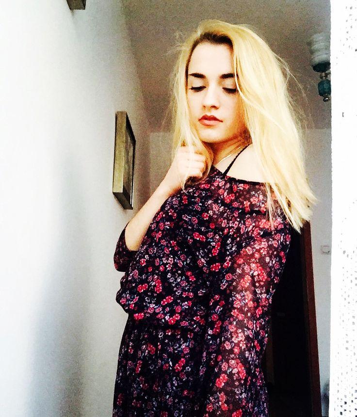 #girl #vintage #blonde