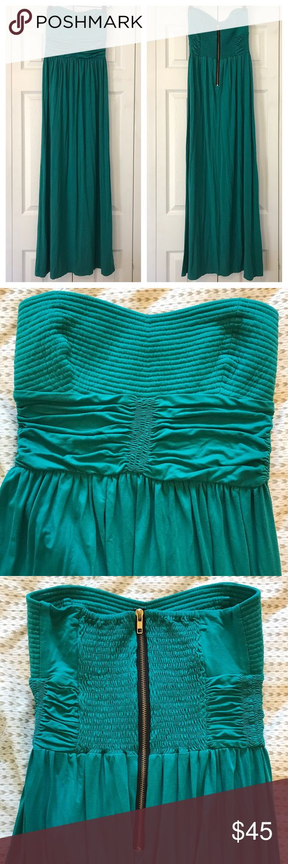 Bel Kazan Teal Maxi Dress Bel Kazan teal maxi dress • Jersey stretchy fabric • Back zipper • Rouched waist • Woven bodice • Tiny tear on inner layer that is not visible from the outside of dress and has never caused me problems • Size small Bel Kazan Dresses Maxi