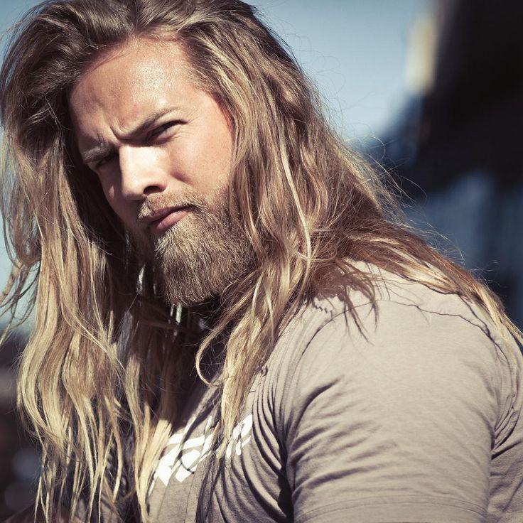 Este tenente do exército norueguês conquistou a Internet por sua semelhança com Thor 02