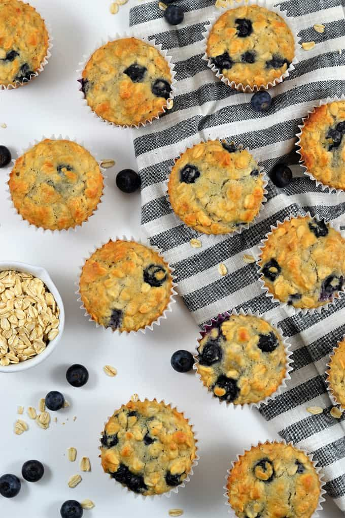 Healthier Oatmeal Blueberry Muffins {A Recipe}