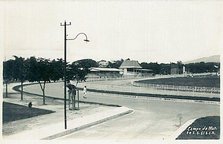 El Campo Marte, fue construido con fondos del gobierno español, durante la administración del presidente Carlos Ezeta (1890-1894). Se inauguró el 12 de octubre de 1892 con el nombre de Campo Marte, ocupando los terrenos de la Finca Guadalupe, la cual poseía una extensión de 16 manzanas.