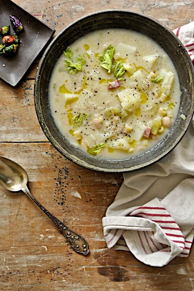 Leek, Potato and Cannellini Beans Soup (Zuppa di Porri, Patate e Cannellini)