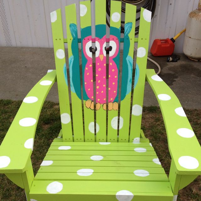 I love this. Owl chair for reading corner in my classroom.