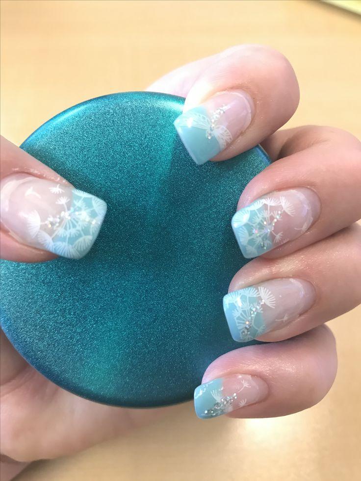 Dandelions in the wind gel nails