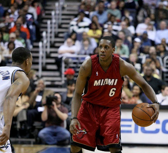 Miami Heat Rumors: Mario Chalmers Returning To South Beach? - http://www.morningnewsusa.com/miami-heat-rumors-mario-chalmers-returning-south-beach-2391912.html