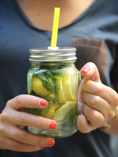 Detox water au citron