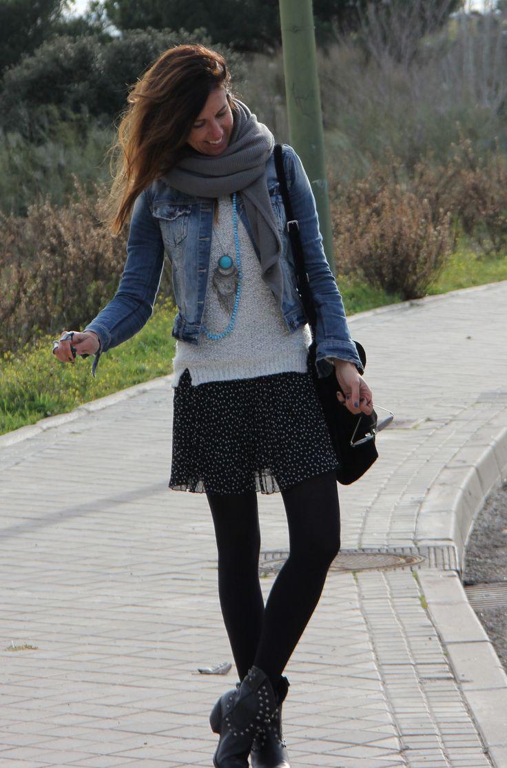 polka dots skirt & cowboy boots | mytenida en stylelovely.com