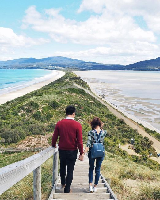 Climb the neck of Bruny Island. | 27 Things You Didn't Know You Could Do In Tasmania