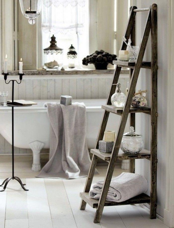 Rustic DIY Ladder Towel Stands for Bathroom Idea