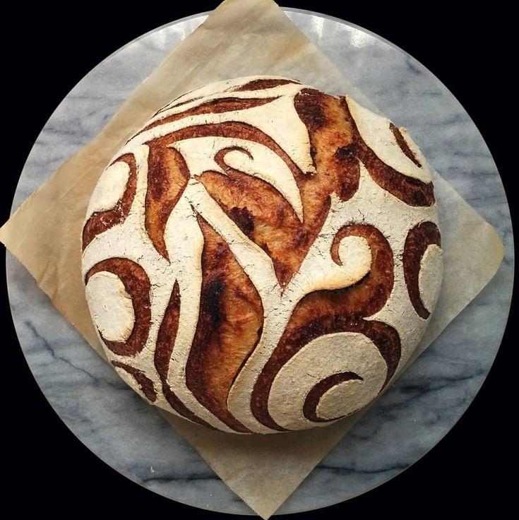 Bread art by @kitties_n_cookies