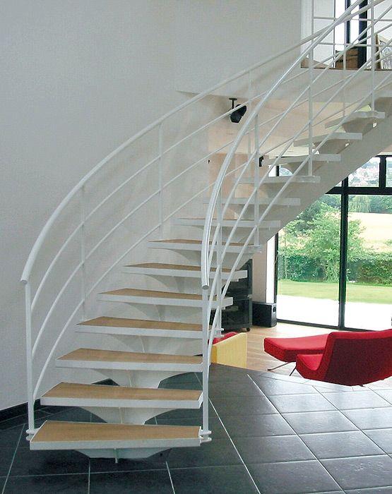 38 best un escalier sur limon central design escaliers. Black Bedroom Furniture Sets. Home Design Ideas