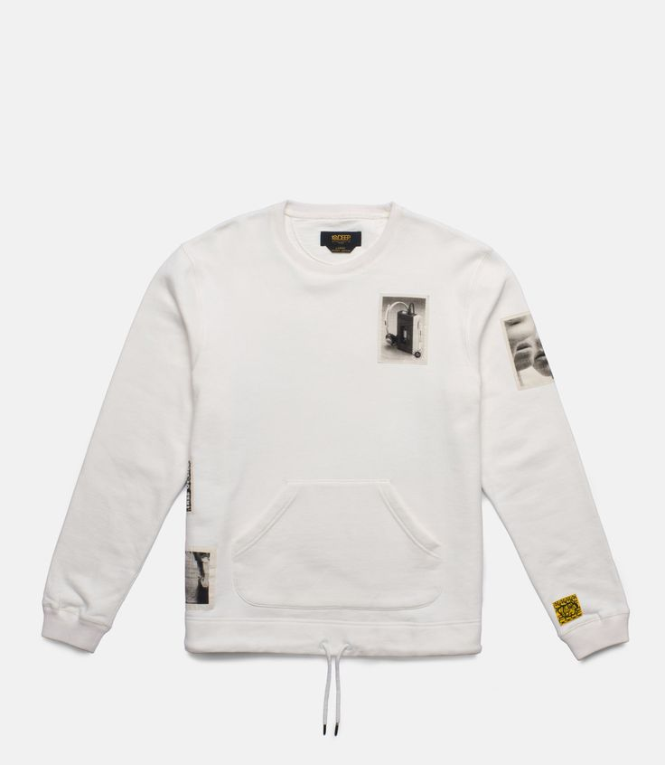 61TDD4011-SHADOWPLAY-BADGE-CREWNECK---OFF-WHITE_front