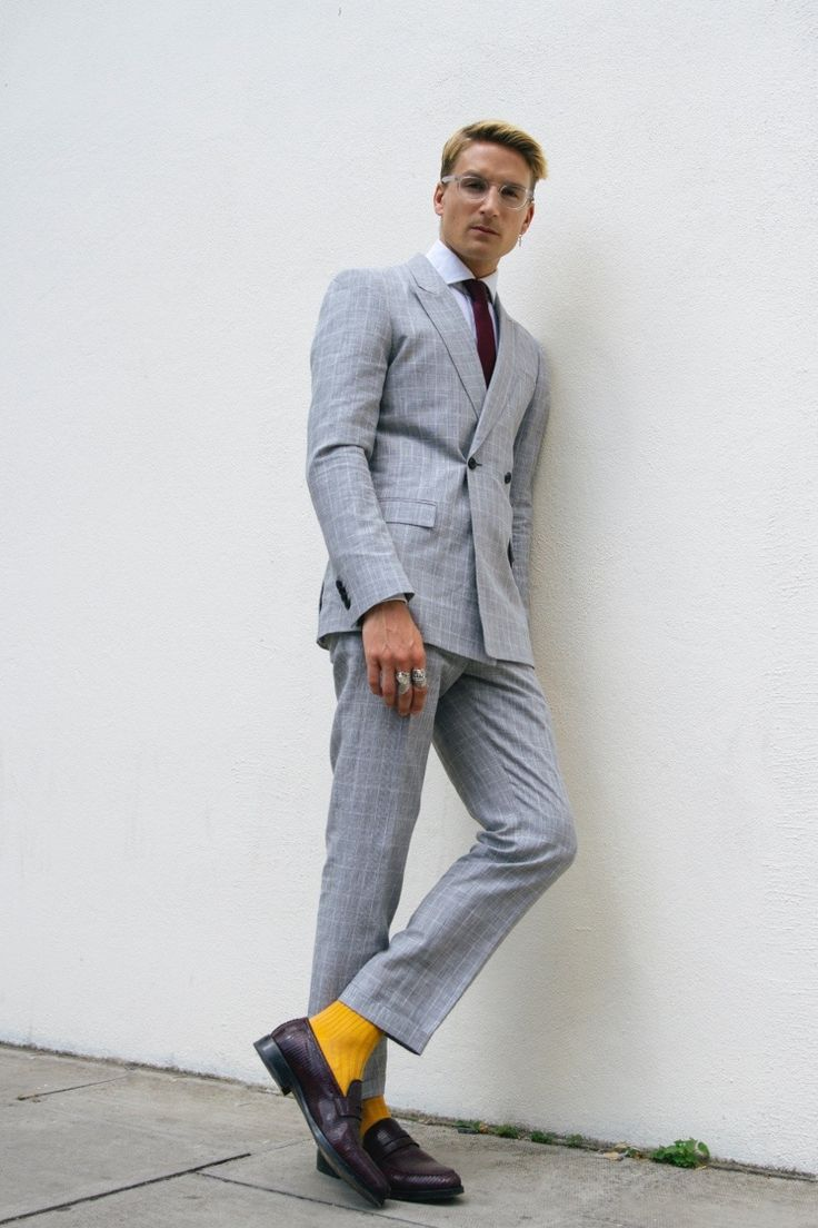 proudlockstyle:     Glasses - Bailey Nelson     Suit - Topman     Jewellery - Serge DeNimes     Shirt - Emmett London     Tie - Topman     Socks - London Sock Company     Shoes -