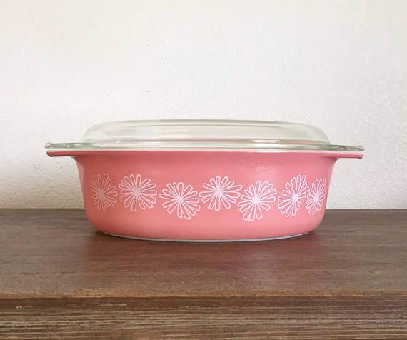 Vintage Pyrex Pink Daisy Oval Casserole Dish; Pink Pyrex; Pyrex Casserole Dish; Pink Pyrex Cookware #CasseroleDish #Pyrex #PyrexCasseroleDish #VintagePyrex #PinkDaisy #VintagePinkPyrex #PinkDaisyPyrex #PyrexPinkDaisy #PinkKitchen #PinkPyrex