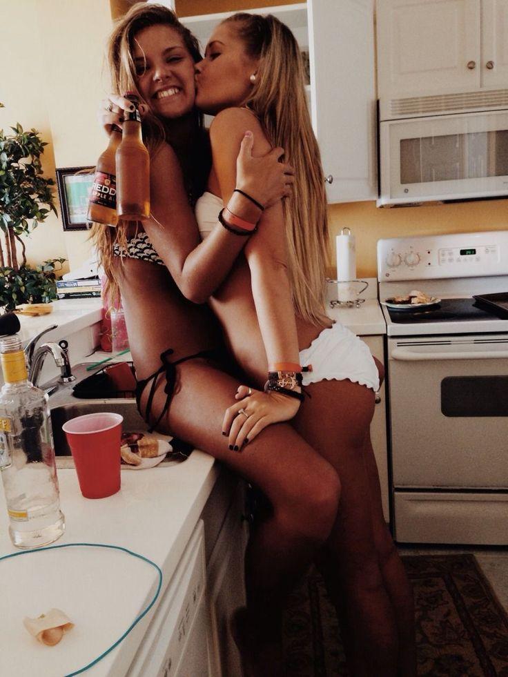 Hot College Lesbian