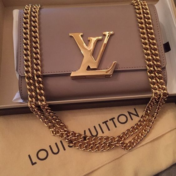 Louis Vuitton Handbags                                                                                                                                                                                 More
