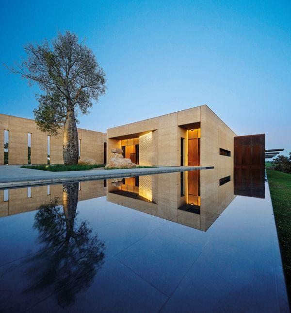 Garangula Gallery by Fender Katsalidis Mirams Architects, 2013