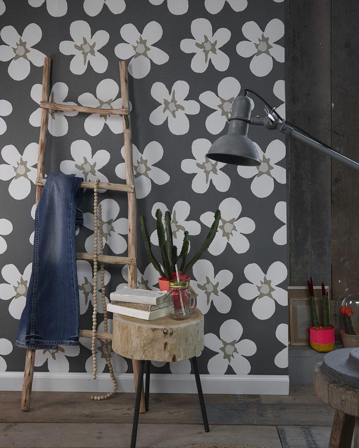 "Cozz ""Smile"" Collection wallpaper, Big Flower - Grey - Sand. #Behang…"