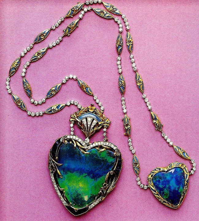 In 1903 Louis Cartier created a magnificent heart-shaped opal pendant for the celebrated Australian soprano - Dame Nellie Melba